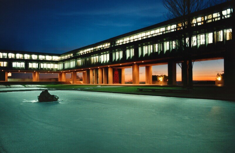 Palazzo dell'Università Simon Fraser a Burnaby nella Columbia Britannica