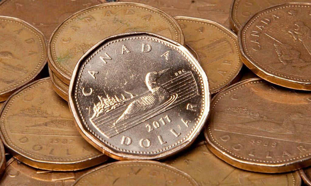 Varie monete di dollaro canadese